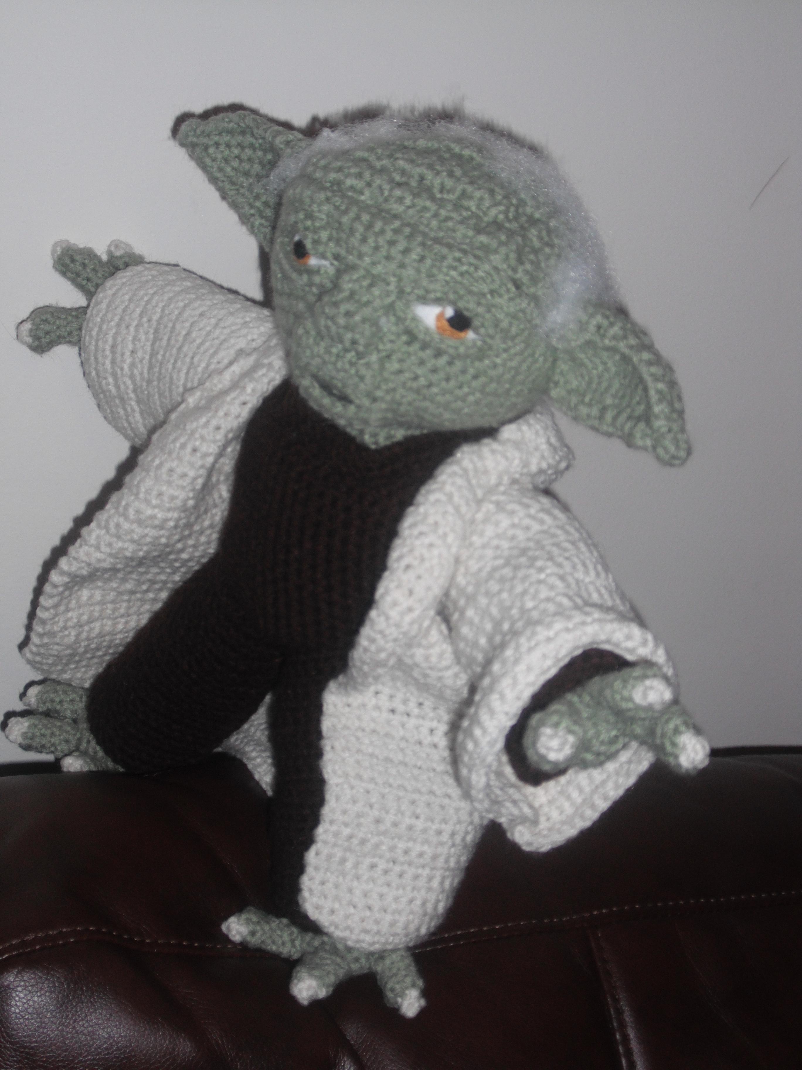 Yoda amigurumi pattern by Ingrid van Donkelaar | Star wars crochet ... | 3648x2736